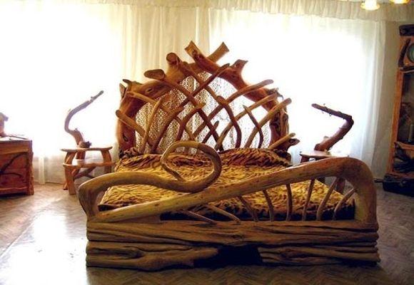 кровать из коряг